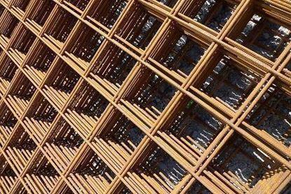 Plasa sudata 10 mm 2000 x 6000 mm (20 x 20 cm) pentru armarea structurilor.